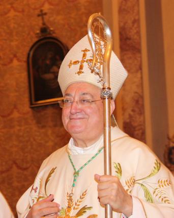 Vescovo Dino