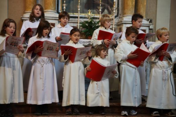Brazzano piccolo coro don furio pasqualis unit pastorale di corm ns - Se sposti un posto a tavola streaming ...