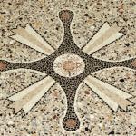 Iscrizione della fondazione della chiesa.