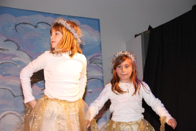 Vestito Da Stella Di Natale.Il Recital Dell A C La Stella Di Natale Unita Pastorale Di Cormons
